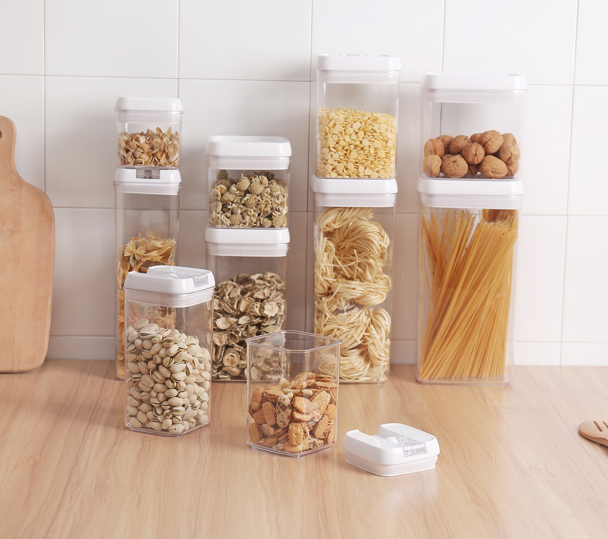 Container Airtight with Lids made by Durable BPA-free Plastic for Keeping Food Dry & Fresh, 2.3L