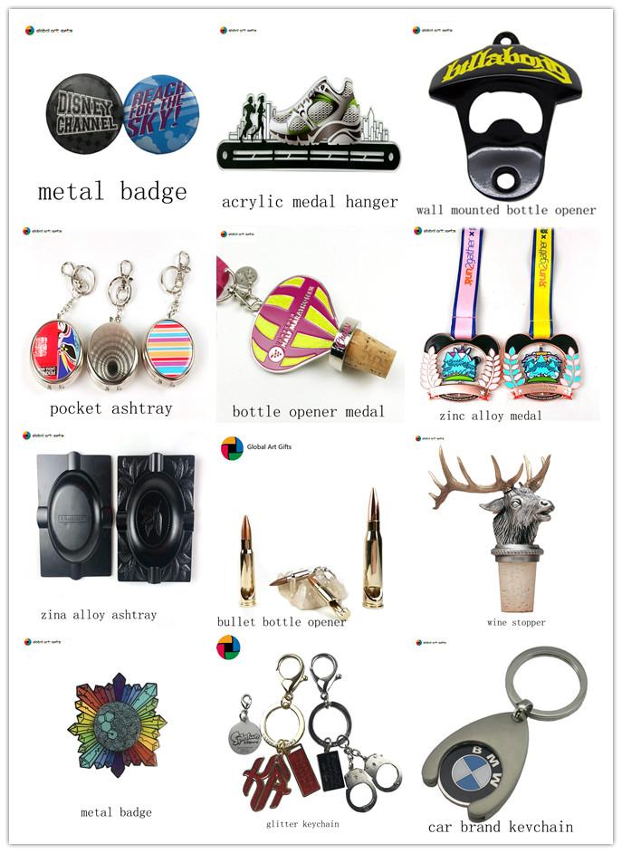 Kustom logam enamel Salju Putih Putri souvenir pin dan lencana