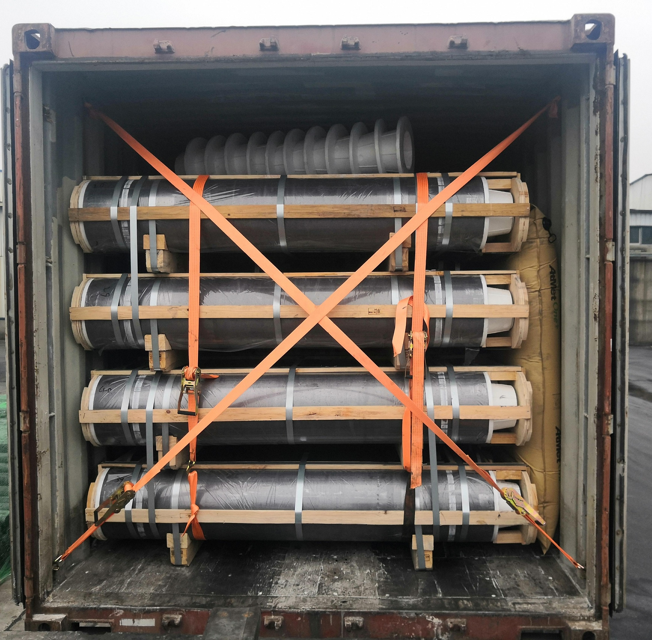 600mm 650mm 700mm 750mm uhp graphite electrode used in electric arc furnace
