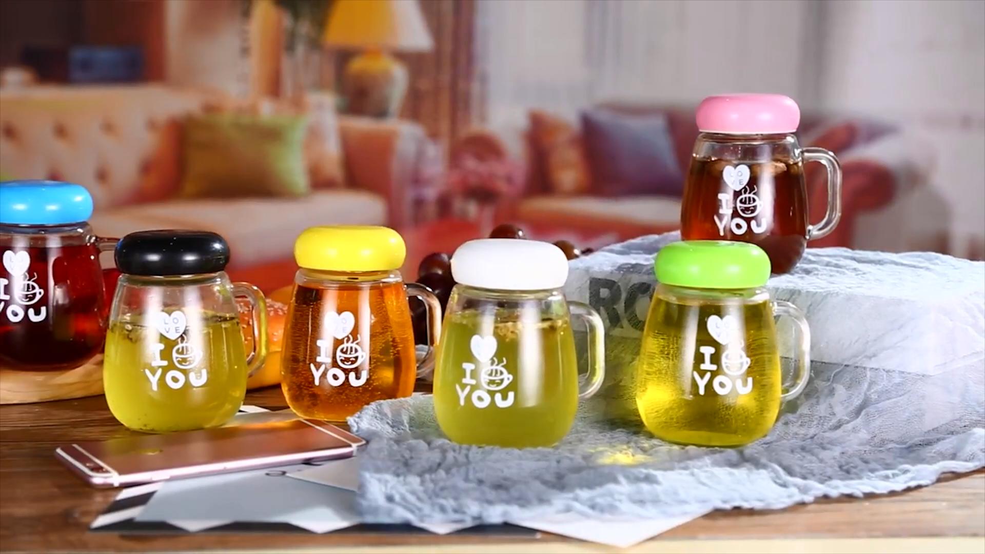2020 도매 크리 에이 티브 휴대용 레몬 꽃 차 컵 크리스탈 투명 유리 물병 필터
