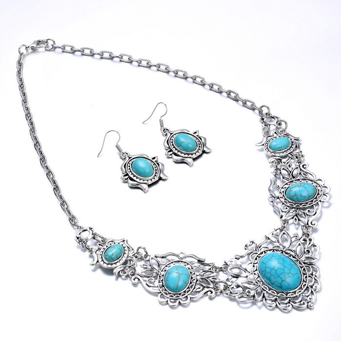 Trade Assurance European and American vintage turquoise necklace earring set Thai silver carved jewelry set wholesale