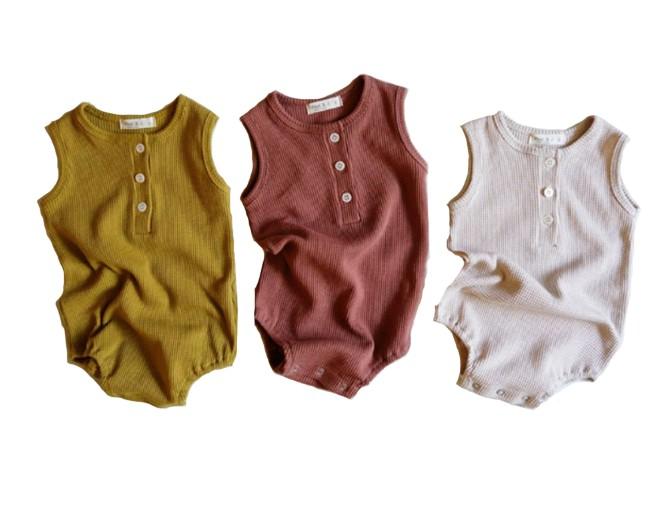 Combinaison en coton biologique pour bébé fille, body sans manches, barboteuse, vêtements avec boutons