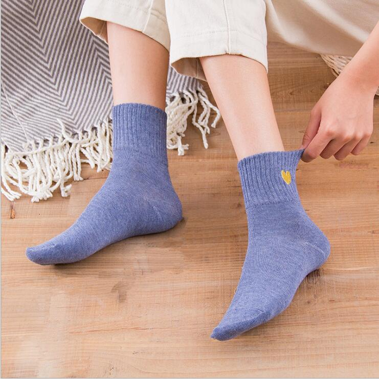 In stocks embroidery lovely cotton socks plain crew women socks