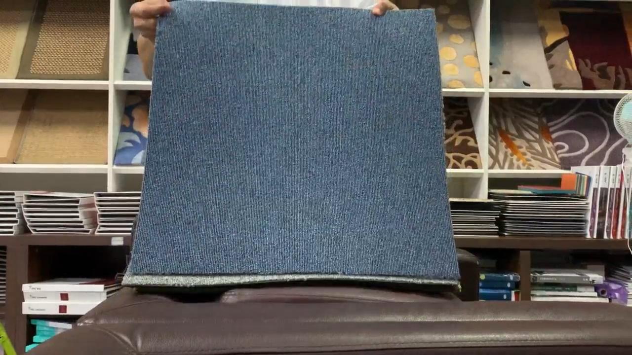Grey Moistureproof Waterproof Plush Glue Hotel Carpet Tile With Pvc Backing