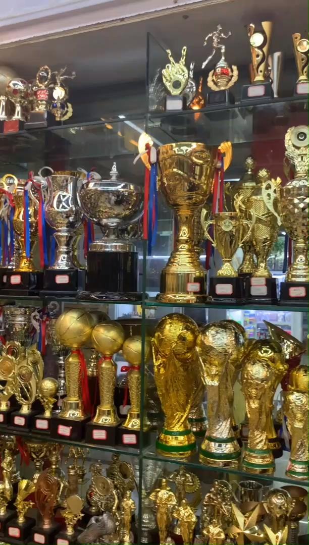 جديد المنتج المدرسة جائزة كأس رياضي رخيصة المعادن