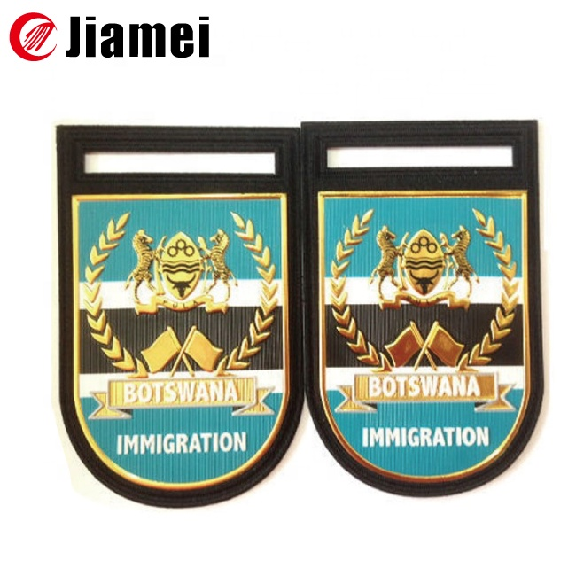 2018 custom OEM/ODM high quality plastic soft metal fabric military us army pin badges and insignia for sale
