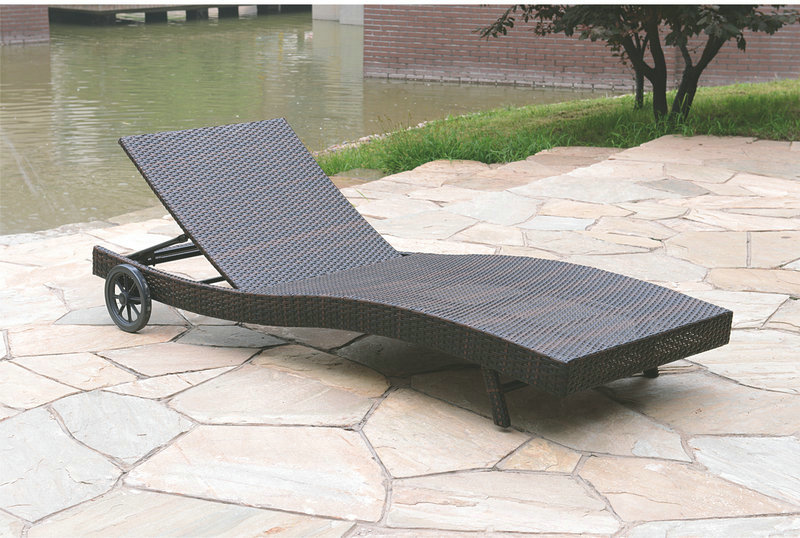 Leisure Modern design new style Cheap beach pool sunbed daybed courtyard Outdoor Furniture  Rattan wicker chaise lounge chairs