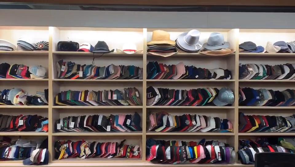 Chapeau tricoté unisexe pour hommes et femmes, bonnet d'hiver, livraison directe, vente en gros, collection 2019