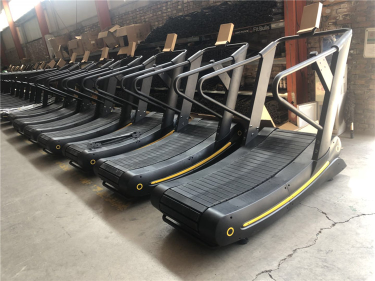 manual curved treadmill (1).jpg