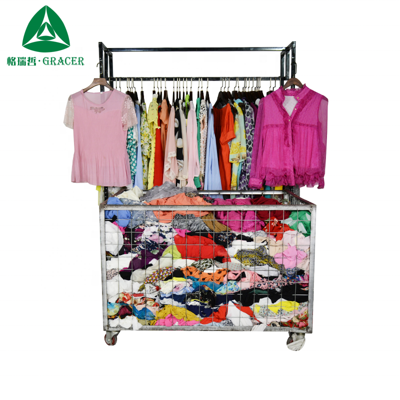Cheap used clothes bales 45kg second hand clothes in Israel