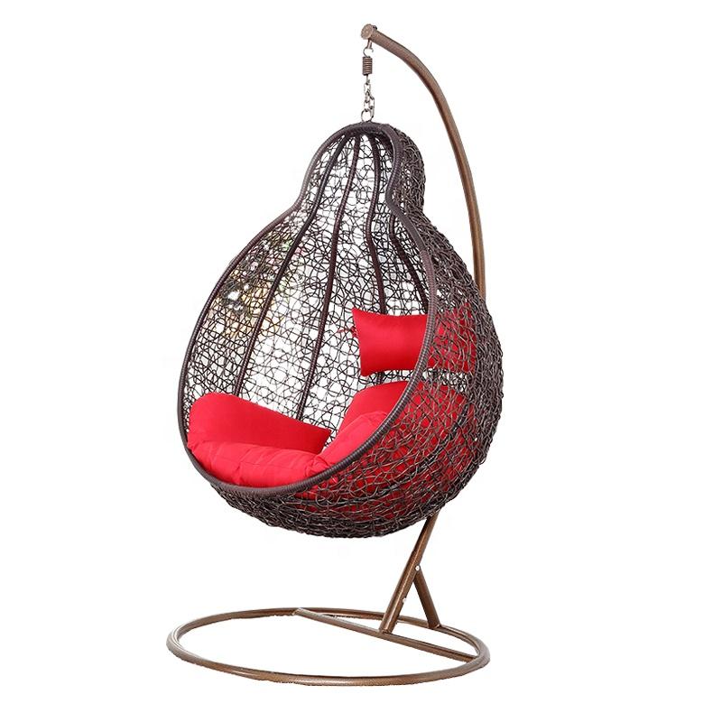 उद्यान पीई रतन पक्षी घोंसला स्विंग कुर्सी विकर फांसी कुर्सी के साथ धातु स्टैंड