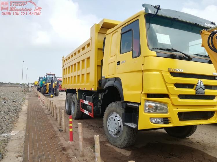 6x4 Sinotruk Howo Tipper Truck 371hp 18 Cubic Meters / 10