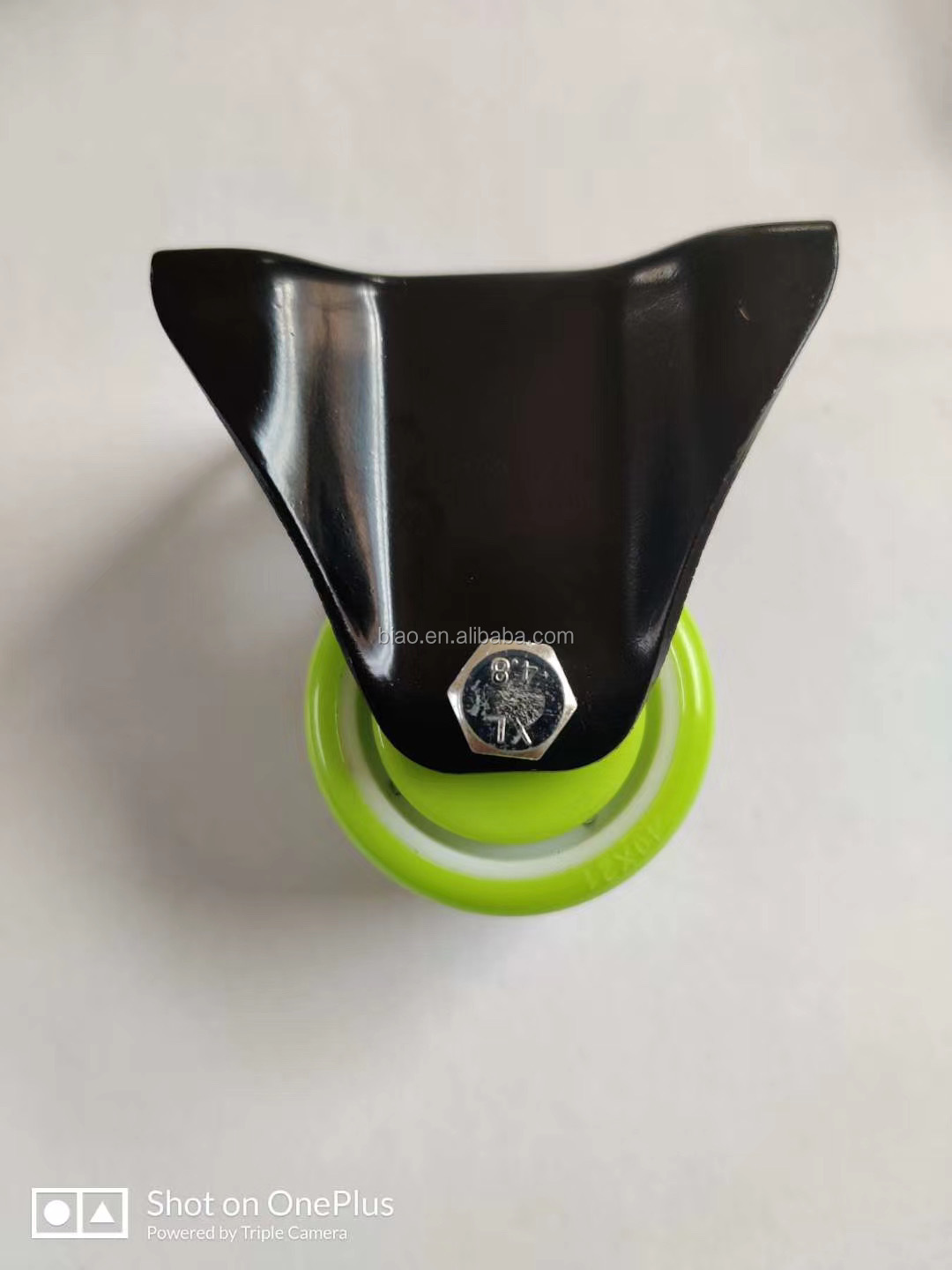 New Item light duty load capacity 30kg 1.5 inch green pu caster wheel