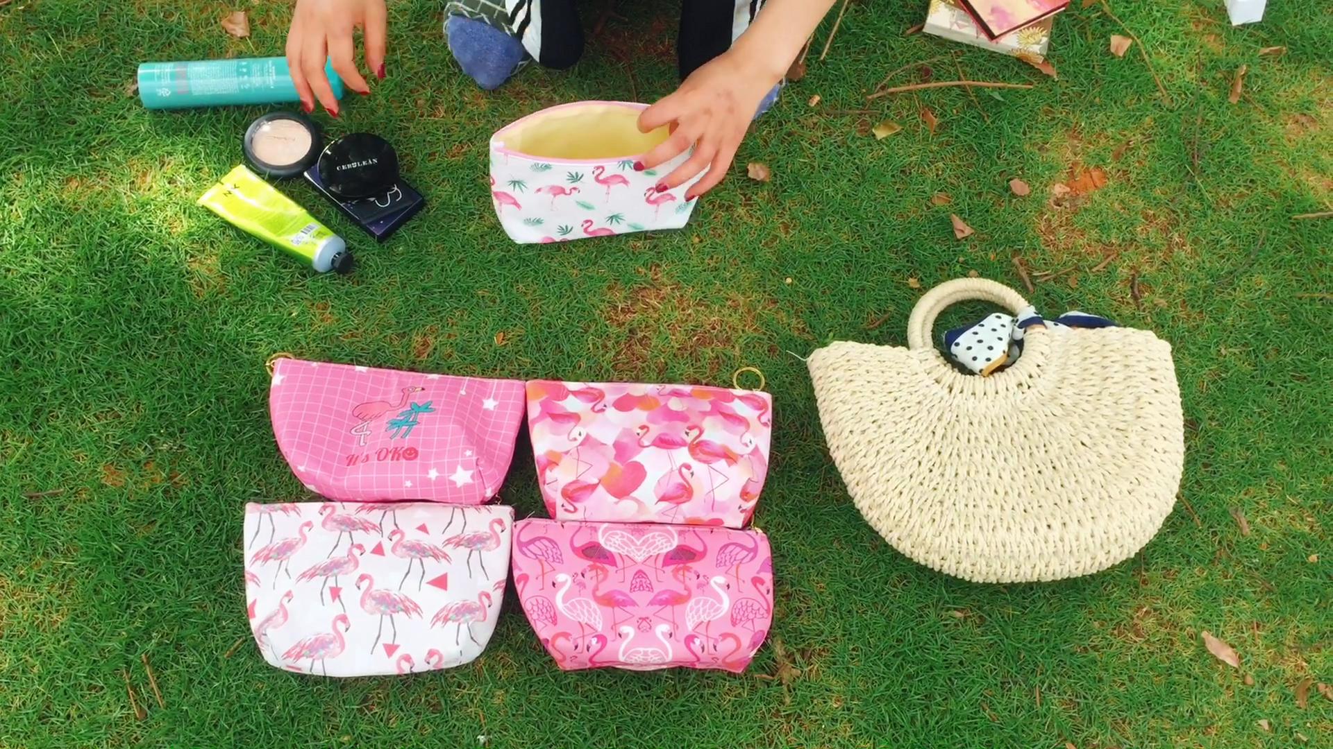 Sacos cosméticos Caixa de Maquiagem À Prova D' Água Bonito Impressão Flamingo Cor de Rosa Fêmea Mulheres Bolsa Compo o Saco Bolsa de Higiene Pessoal