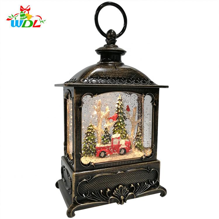 2020 Products Christmas and Home Decoration Lantern Globe XmasTree Scene Shining Led Light Up Snowstorm Red Bird Snow Globe