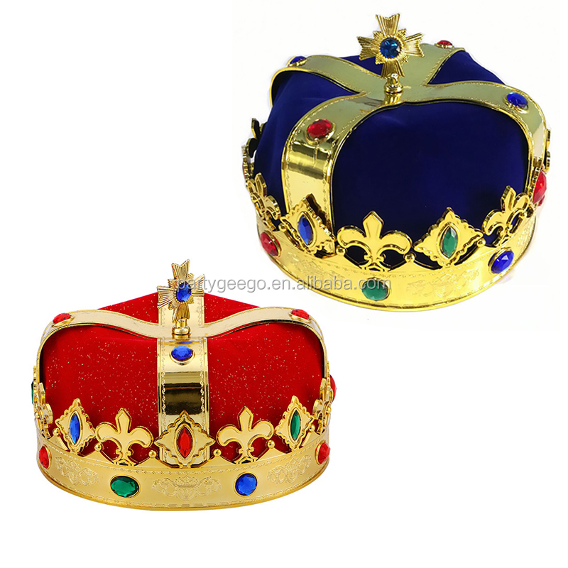 King Pageant <strong>crowns</strong> for man
