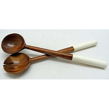 Sheesham <span class=keywords><strong>Kayu</strong></span> <span class=keywords><strong>Sendok</strong></span> & Fork Set dengan Warna Putih Resin Handle
