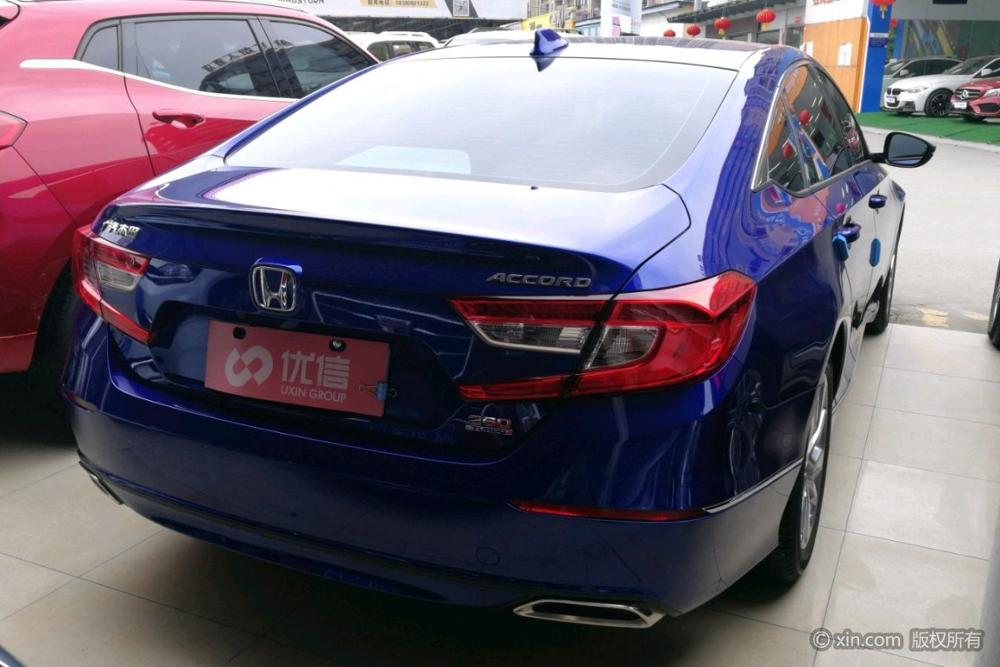 Used cars Honda Accord year 2012 2L automatic transmission with very cheap price 50 units