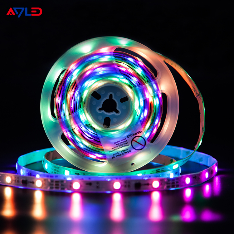 China Suppliers 32 FT 5050 RGB Remote Control Color Changing Smart Addressable Digital Music 10M LED  Strip Lights