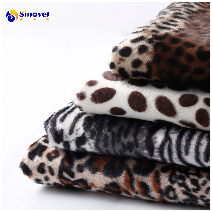 China supplier 100% Polyester Animal designs  Printing Velvet Fabric pet products