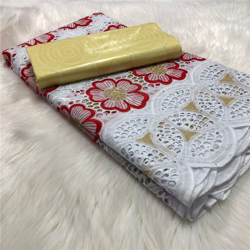 2020 New Design Fashon Cotton Swiss voile lace in Switzerland soft material 2.5+2.5 Bazin Riche fabric new African voile lace