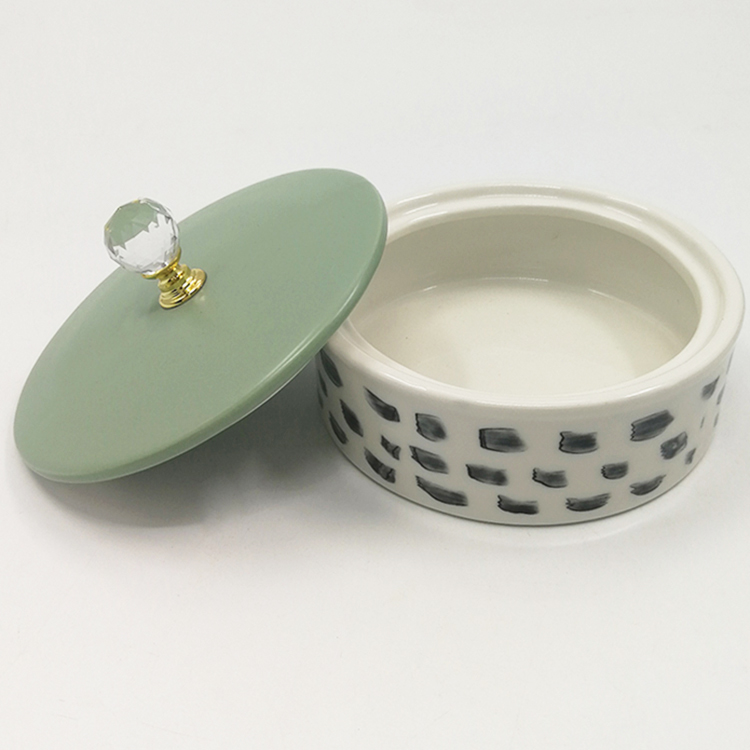 Ceramic Art Crafted Items Hand-painted Round Ceramic Candy Wedding Gift Box Jewelry Boxes With Round Bead Topping Lid