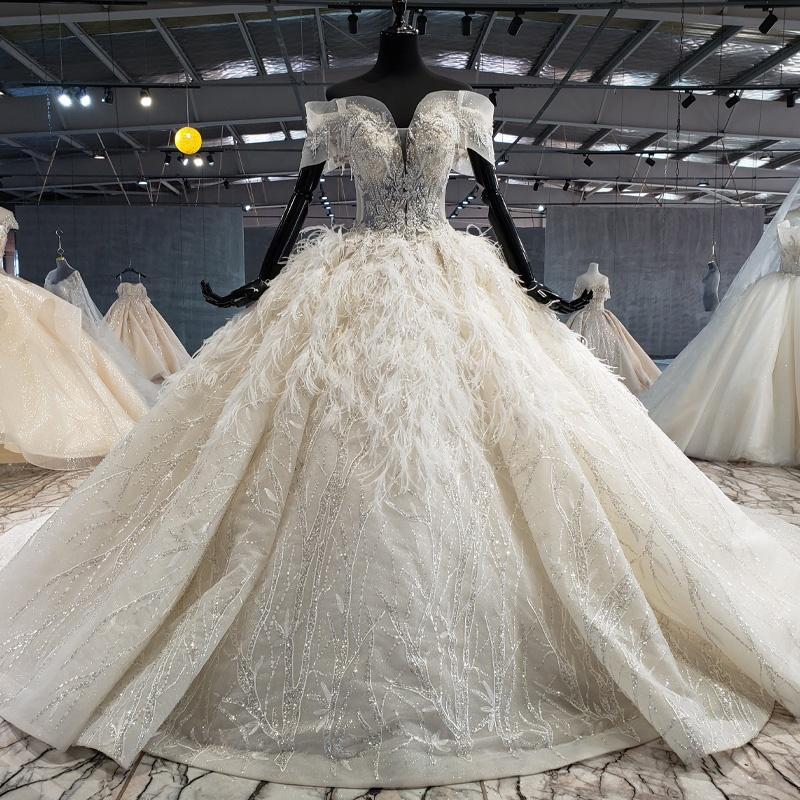 Grossiste robe de mariée plumes princesse-