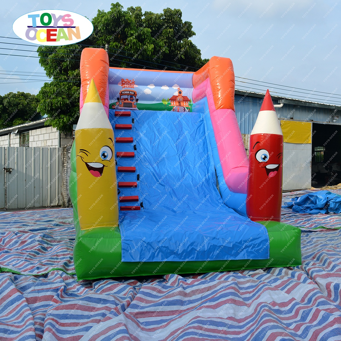 New style outdoor pencil inflatable slide children inflatable water slide