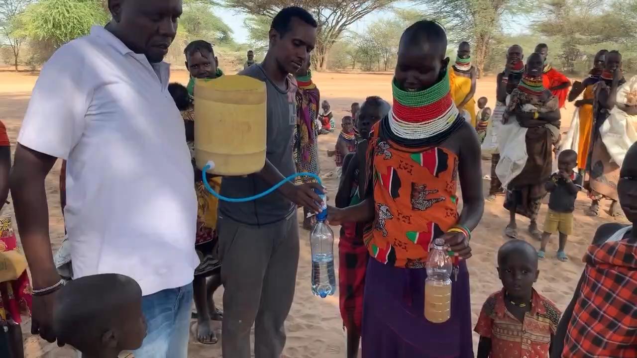 دلو مرشح ، الجاذبية تصفية المياه UF الاتصال مع دلاء ، في الهواء الطلق التخييم الشخصية منقي مياه للشرب