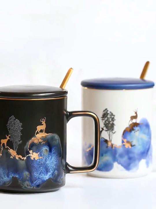 Оптовая продажа керамическая кофейная кружка чашка с крышкой и ложка в черном цвете