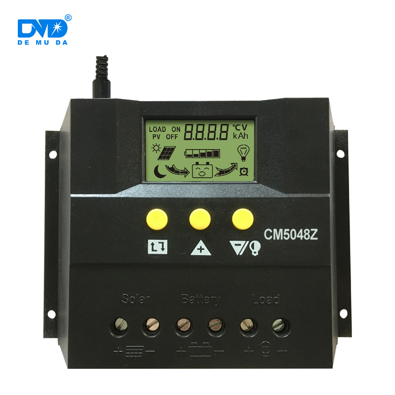 Cina Pemasok CE RoHS Charge Controller 20A 30A 12 V 24 V China Solar Charge Controller dengan LED Display