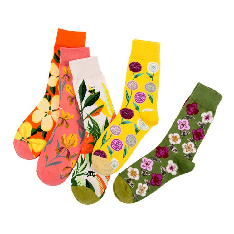 Custom pattern embroidered logo cotton fashion knitted women flower socks