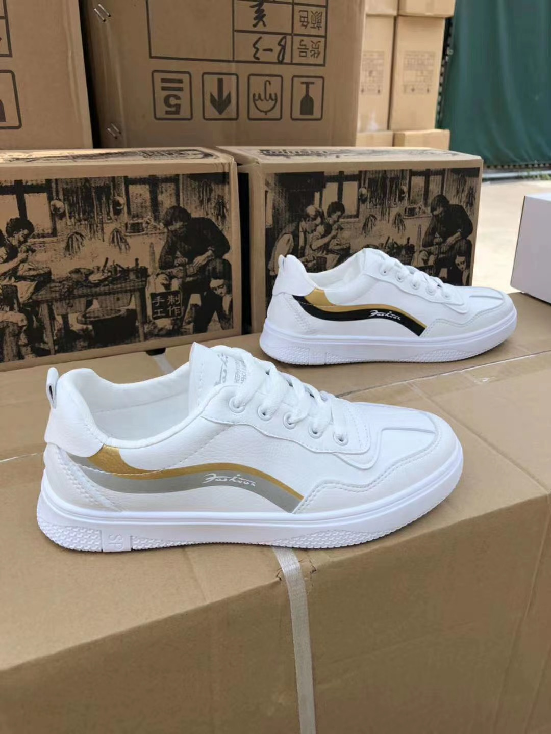 GZY factory discount fashion elegance casual flat shoes men Stocklots shoes stock