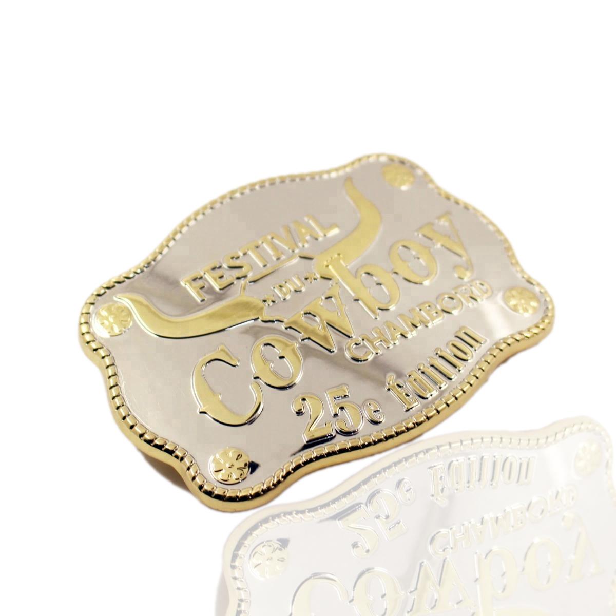 อุปกรณ์เสริมคุณภาพสูงโลหะผสมโลหะทองเหลืองHebillasรอก3Dชื่อผู้ชายเข็มขัดหัวเข็มขัด