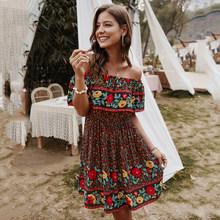Винтажное короткое платье для женщин 2020 летние женские платья короткий рукав с открытыми плечами вырез лодочкой Плиссированное тонкое пла...(Китай)