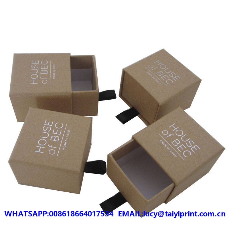 custom cheap round cardboard white gift box for christmas promotion