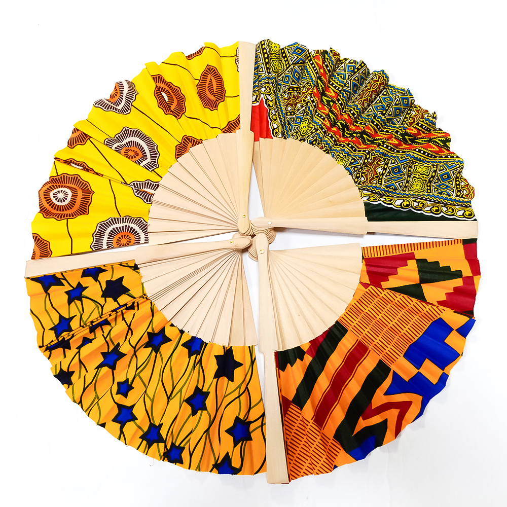 2019 Unique Personalized Chinese Handmade Craft Sunflowers Wooden Hand Fans for Women Weddings
