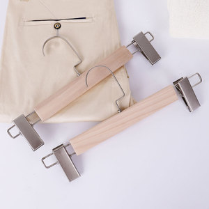 China Factory Garment Wooden Clothes Display Hanger