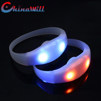 China Factory Party and Event Items Wireless RGB LED Control Bracelet
