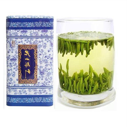 Free Samples Yellow Tea Junshan Yinzhen Customized Gift Box Metal Can for Friend Family