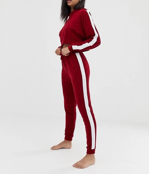 Wholesale oem design girls tracksuit set fitness crop custom velour tracksuits