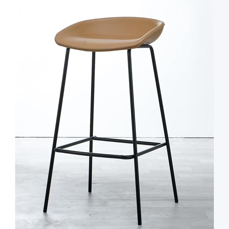 عالية الجودة الحديثة نمط رخيصة مقعد مرتفع مطعم كرسي الجلود كراسي بار مع الساقين الخشبية