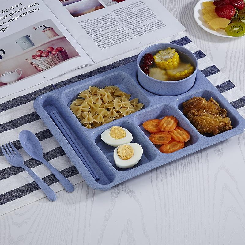 Bunte Weizen Stroh Unterteilt Kunststoff Platten mit Suppe Schüssel Besteck Set