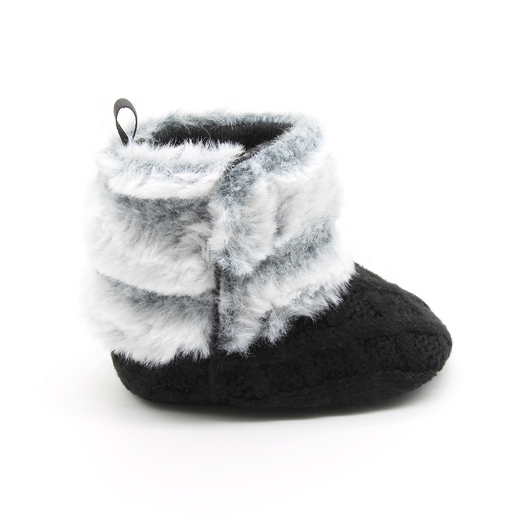 Chinese factory supply winter baby boots soft sole black and white shoes