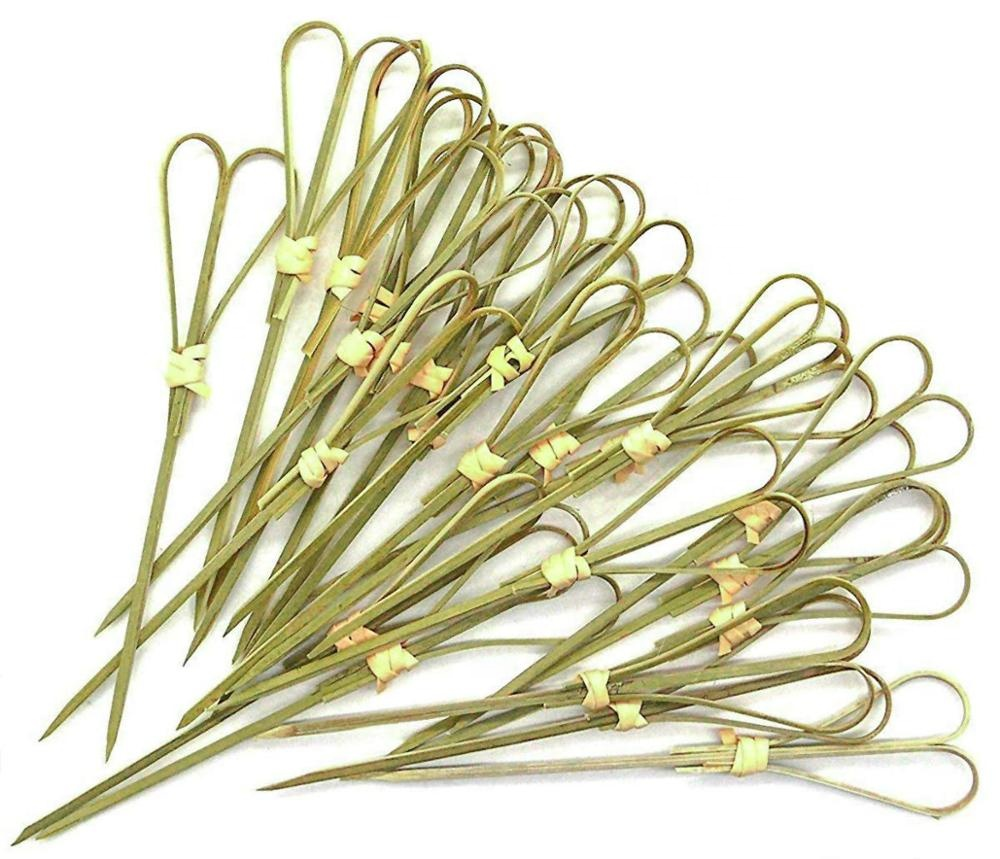 Karlniko Scissors <strong>Decorative</strong> Fruit <strong>Bamboo</strong> <strong>Stick</strong> 4.7&quot; Heart Looped Shaped Cocktail Party Toothpick 100 Pieces / Pack