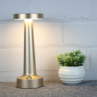 New arrival luxury hotel style desk light led rechargeable table lamp