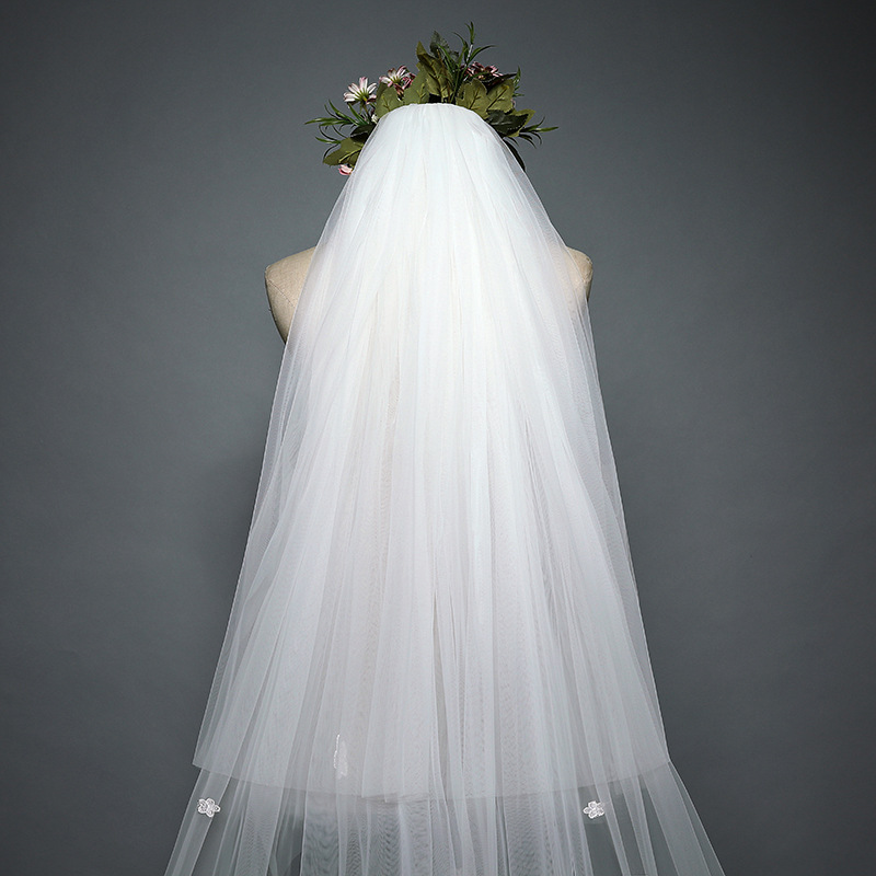 2020 Long Style New Style Lady Beautiful Tulle Wedding Bridal Veil Lace Wedding Veil Wholesale