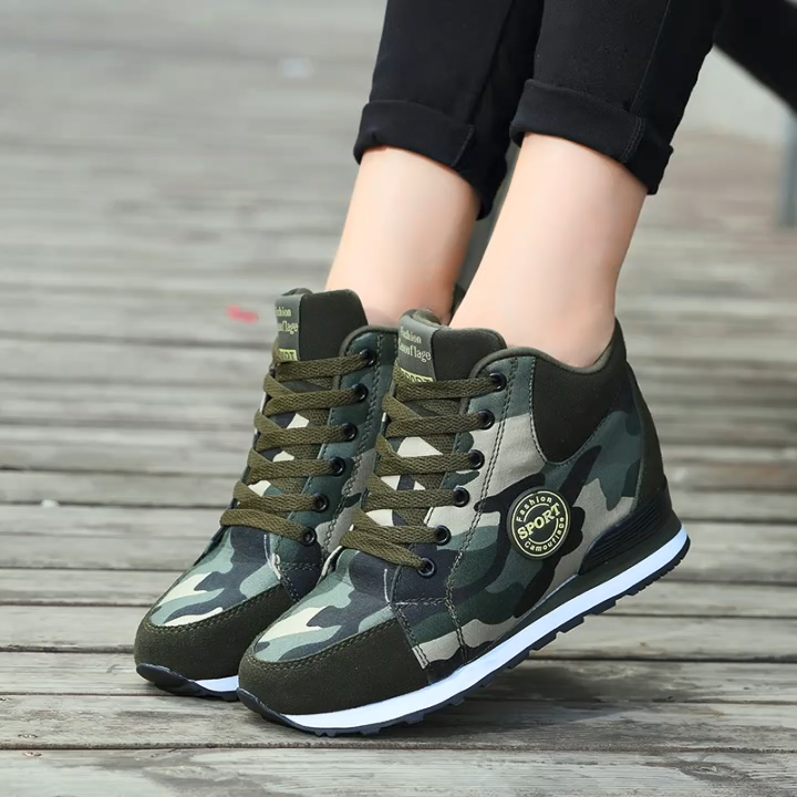 Nouveau design Offre Spéciale camouflage coussin femmes sneaker chaussures