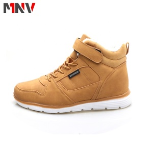 2019 new style outdoor shoes men casual shoes autumn and winter high boots middle cut casual shoes