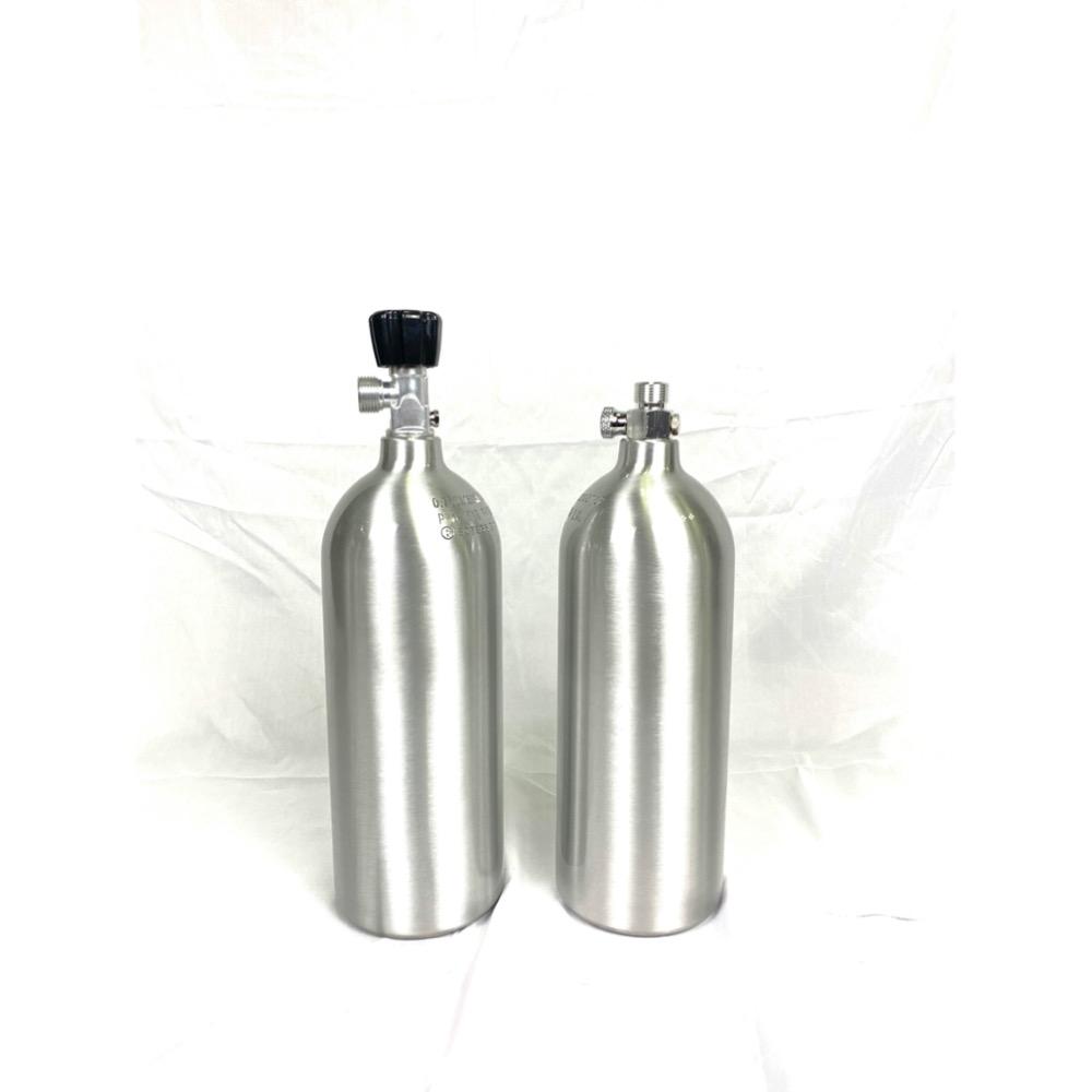 ร้อนขายที่มีคุณภาพสูง2L เปิด/ปิดวาล์ว W21.8 CO2กระบอกสำหรับพืชพิพิธภัณฑ์สัตว์น้ำ